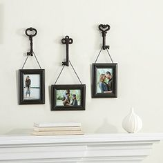 Wall Solutions 6-Piece Frame and Key Set in Bronze