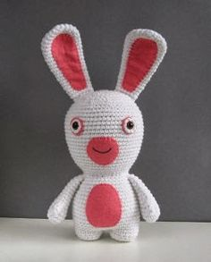 2000 Free Amigurumi Patterns: Raving Rabbid - Free pattern