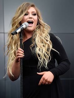 Ella Henderson - best female singer today x x x Ella Henderson, Vogue, Female Singers, Celebs, Celebrities, Cut And Style, Hair Dos, Beauty And The Beast, Makeup Inspiration