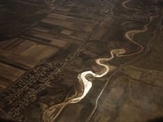 8 Mighty Rivers Run Dry From Overuse -- National Geographic