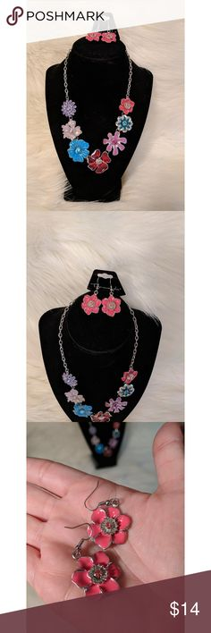 """Floral Statement Necklace and Earrings Set NWT Gorgeous Floral Statement Necklace and Earrings Set. The necklace is approximately 21"""" long and the earrings are just under 2"""" long.  No trades. Smoke-free, pet-friendly home. Bundle and save! Taramanda Jewelry"""