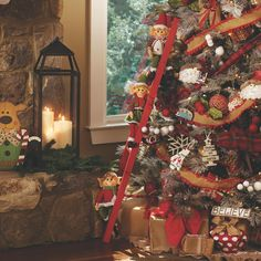 Ornaments, tree toppers, ribbon and garland. There are so many things you need to decorate your Christmas tree! Right now, all ornaments and tree decor are 25% off.