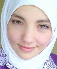Beautiful hijaby girl