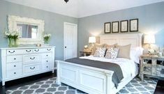 New bedroom design grey and blue white bedding Ideas Blue Gray Bedroom, White Bedroom, Bedroom Colors, Master Bedroom, Trendy Bedroom, Modern Bedroom, Minimalist Bedroom, Black And White Bedspreads, Black Beds