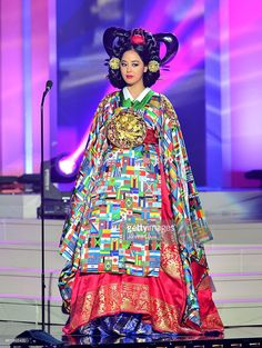 Miss Universe Costume Show list Miss Universe Costumes, Miss Universe National Costume, Korean Hanbok, Korean Dress, Korean Traditional, Traditional Outfits, Miss Universe 2003, Miss Angola, Miss Nigeria