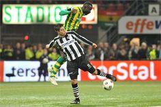 Everton in duel met Omeruo. Heracles wist niet te overtuigen tegen ADO Den Haag. Na een vroege achterstand werden de kansen niet benut en kon ADO uitlopen naar een 0-2 voorsprong. 10-03-2012