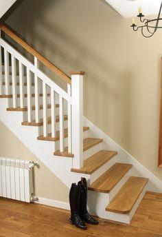 Schody PL   Galeria Schodów - zdjęcia schodów wszystkich producentów Staircase Storage, Staircase Makeover, Modern Stair Railing, Modern Stairs, 3d Living Room, Stair Lighting, Stair Decor, House Stairs, Home Reno