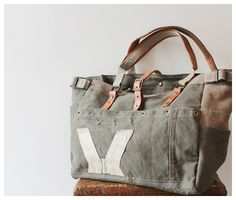 Canvas leather weekend bag