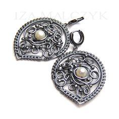the Cendre earrings