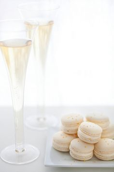 Champagne Macarons | Annie's Eats - -- but strawberry and champagne macarons for valentines day