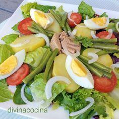 Esta ensalada nizarda es un clásico entre las ensaladas internacionales, de origen francés, y con un toque de mostaza en la vinagreta.