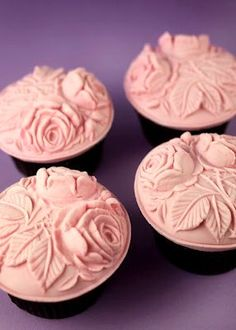 Easy and Beautiful Cupcake Topper Mold directions....Springerle mold from Bakerella.