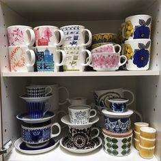 Finnish kitchen.. Arabia, Marimekko Vintage Cups, Vintage Love, Retro Vintage, Finnish Recipes, Tablewares, Vintage Kitchenware, Lassi, Marimekko, Kitchen Inspiration
