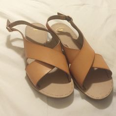 Gap Cross Slingback Sandals Size 7 Gap Slingback Cross Sandals. Lightweight and easy to throw on any outfit! Only worn once. Like new. GAP Shoes Sandals