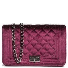 Chanel Boy Bag, Shoulder Bag, Bags, Shopping, Fashion, Handbags, Moda, Fashion Styles, Shoulder Bags