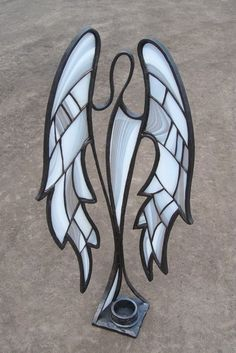 stained glass art -angel watches over candle holder Stained Glass Angel, Stained Glass Lamps, Stained Glass Designs, Stained Glass Projects, Stained Glass Patterns, Leaded Glass, Stained Glass Windows, Mosaic Glass, Tiffany Art