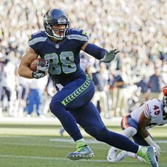 Jimmy Graham was a key element to the Seahawks offense as Seattle got into the…