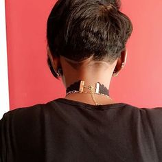 Details Love this #undercut design on @faydetoblack✂️ @treyb0 #voiceofhair========================== Go to VoiceOfHair.com ========================= Find hairstyles and hair tips! =========================