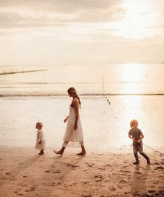 Family Time in Thailand - Barefoot Blonde by Amber Fillerup Clark Beach Mom, Beach Kids, Beach Portraits, Creative Portraits, Family Portraits, Beach Photography, Family Photography, Children Photography, I Love The Beach