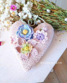 Chrochet, Diy And Crafts, Crochet Earrings, Crochet Patterns, Crochet Hats, Dekoblog, Inspiration, Fast Crochet, Flower Crochet