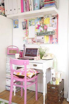 pretty desk <3