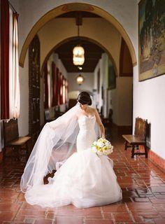 Une robe Alvina Valenta, de la marque JLM Couture #weddingdress #robedemariee #wedding #dress #robe de #mariee