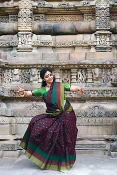 Indian Classical Dance, Snake Girl, Indian Beauty Saree, Beautiful Indian Actress, Indian Actresses, Art Girl, Drama Theater, Lace Skirt, Poses