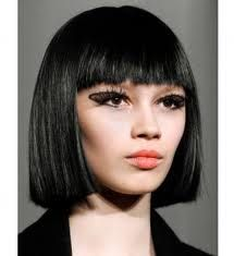 sharp image, precise cut.. slightly Cleopatra??