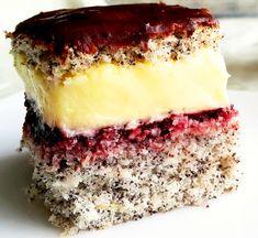 Share41TweetPin748 Shares Prajitura cu cocos mac si crema de vanilie este perfecta pentru ocazii speciale. Blatul fin cu mac si cocos combinat cu crema delicata de vanilie, la care am folosit frisca, nu unt, si glazura de ciocolata, alcatuiesc un desert exceptional. Ingrediente Prajitura cu cocos mac si crema de Mini Cakes, Coco, Nutella, Tiramisu, Delicious Desserts, Cheesecake, Cooking Recipes, Sweets, Cookies
