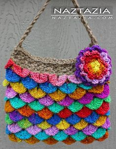 Crochet purse with flower and crocodile stitch --- #bag #naztazia http://media-cache1.pinterest.com/upload/255368241340845019_1227wBlw_f.jpg naztazia naztazia crochet knit sew bead