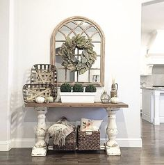 Happy Friday, Everyone! It's time to announce this weeks winner of #yourdecorstyle! You guys did not make this an easy decision for us! But in the end, @greyjuniper Elizabeth's beautiful entry way blew us all away! The combination of that gorgeous mirror and wreath had us all 😍 . Elizabeth, we would love to have you co-host with us next week! . 🌿 We would also like to give a huge thank you to Tammy @tammydamore for co-hosting this week. It was great having you Tammy! . 🌿 Thank you to…