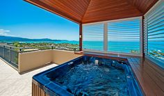 Luxury Airlie Beach Accommodation - Pinnacles Resort and Spa Whitsundays