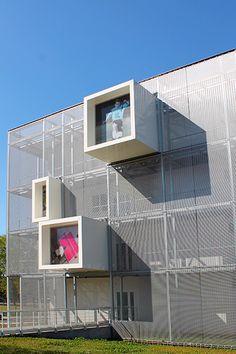 Maison des Sports - Talence. Interesting Architecural Mesh Facade made of LARGO-NOVA 2034. Haver & Boecker
