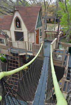 The Most Incredible Kids Tree House Ever (18 pics) | FB TroublemakersFB Troublemakers