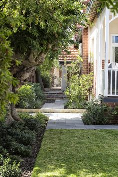 This heritage home in Wembley Perth needed a landscape design that was sympathetic to it's style with recycled materials + informal planting Luxury Life, Perth, Landscape Design, Sidewalk, Home And Garden, Exterior, Green, Plants, Beautiful