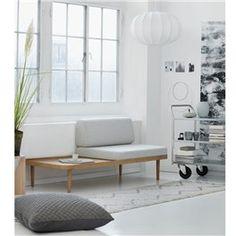 Køb by KlipKlap KK Daybed Ramme hos Heymay. Flexible Furniture, Multifunctional Furniture, Rue Verte, Daybed Design, Interior Styling, Interior Design, Sofa Inspiration, Oeko Tex 100, Wooden Furniture