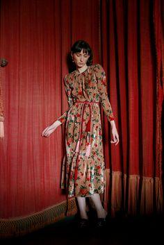 Guarda la sfilata di moda Vivetta a Milano e scopri la collezione di abiti e accessori per la stagione Pre-Collezioni Autunno-Inverno 2017-18.