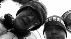 Pertti Kurikan Nimipäivät perustettiin kehitysvammaisille suunnatulla työpajalla vuonna 2009. Yhtyeen soitanta on kantaaottavaa, kovaäänistä, nopeaa ja vihaista eli aitoa punkia.