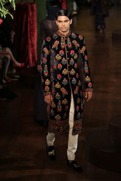 112 best indian men fashion images in 2016 Mens Indian Wear, Indian Men Fashion, Indian Man, Asian Fashion, High Fashion, Indian Groom, Bollywood Bridal, Bollywood Fashion, Indian Dresses