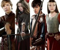 Narnia: The Last Battle Photo: narnia Peter Pevensie, Lucy Pevensie, Susan Pevensie, Edmund Pevensie, Narnia Movies, Narnia 3, Narnia Cast, Narnia The Last Battle, Georgie Henley