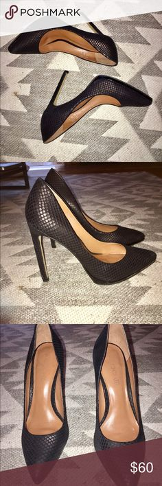 ALDO Textured Black High Heeled Pumps All black, ALDO textured high heeled pumps. Only been worn once, in near perfect condition. Happy to answer any additional questions! Bundle for further discounts 🤗 Aldo Shoes Heels