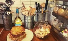 Chocolate Fondue, House Ideas, Cheese, Yellow, Desserts, Food, Tailgate Desserts, Deserts, Essen