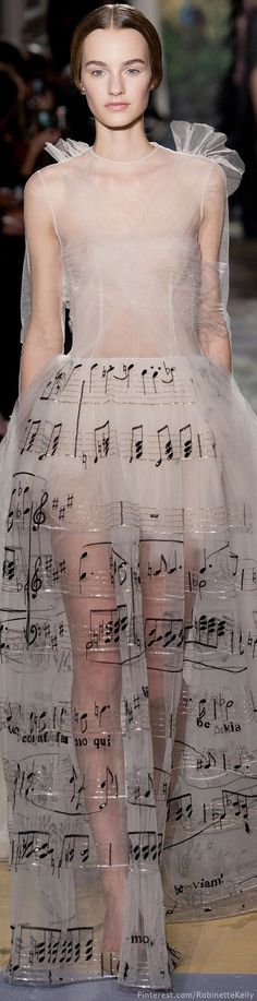 I have died and gone to music/fashion heaven!!! Valentino Haute Couture | S/S 2014