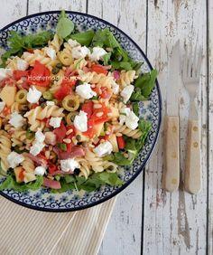 Pastasalade met geitenkaas - Homemade by Joke, Cobb Salad, Salsa, Homemade, Snacks, Eat, Ethnic Recipes, Food, Life, Salads