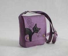 Small linen messenger bag - lilac purple - leather cat applique