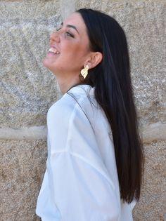It's My Valentine: Faith: María Baraza Pelo Princesa Disney, Diamond Earrings, Pearl Earrings, Bride, Faith, Shoes, Fashion, Black Accents, Bell Sleeves
