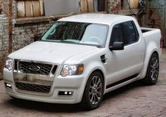 Ford Explorer Sport Trac Adrenalin Specifications