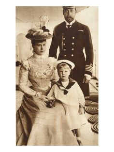 King George And Queen Mary | King George V, Queen Mary and their Son Edward VIII, Aboard H.M.S ...