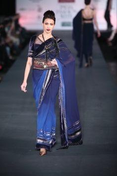 Tarun Tahiliani - Wills India Fashion Week Autumn/Winter 2012 Show & Collection Review | Vogue INDIA