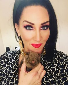 Michelle Visage's contour and lashes are ALWAYS an inspiration.